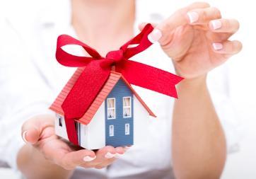 Как подарить свою долю в квартире второму собственнику: можно